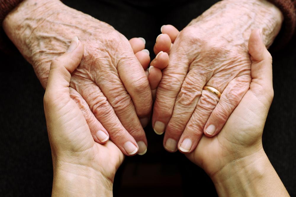 Aplicação de células-tronco em idosos reverte efeitos de fragilidade associados ao envelhecimento